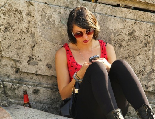 sunglasses-979258_1280